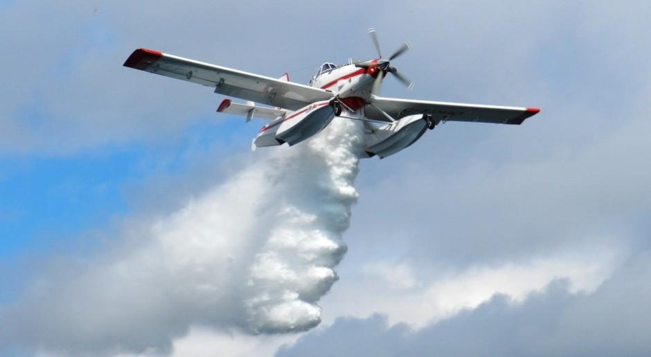 Fireboss drop over Harrison Lake